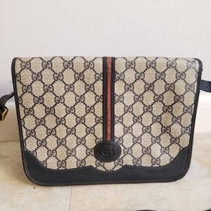 Authentic vintage gucci GG crossbody